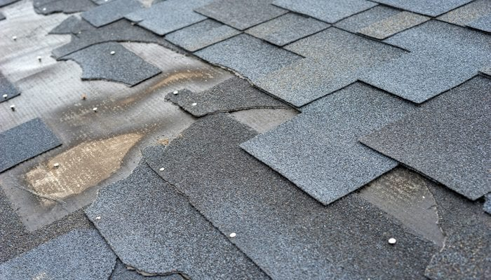 Worn out shingle roof